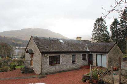5 Bedrooms Detached House for sale in Succoth, Arrochar