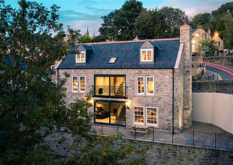 4 Bedrooms Detached House for sale in Wood Street, Durham