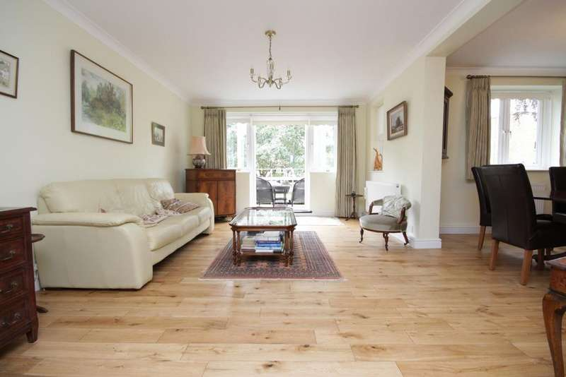 2 Bedrooms Ground Flat for sale in Bray, Maidenhead