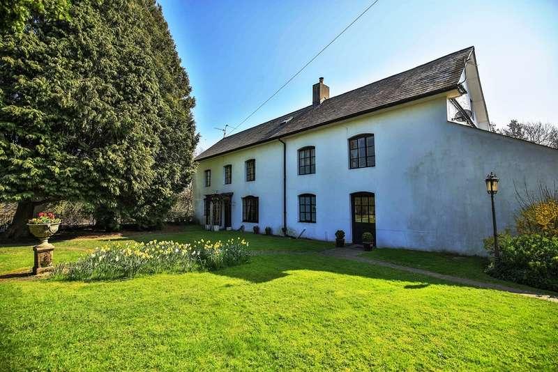 6 Bedrooms Detached House for sale in Newport Road, Llantarnam, Cwmbran