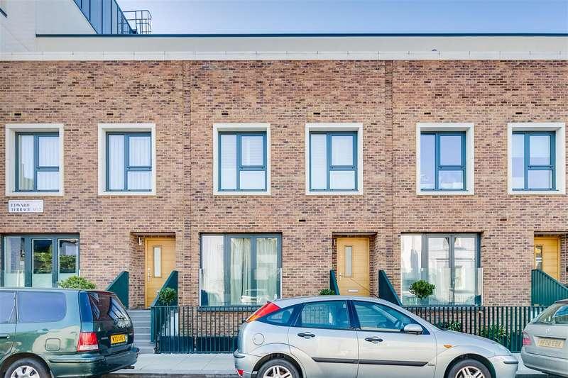 2 Bedrooms Flat for sale in Edward Terrace, Greenside Road, London
