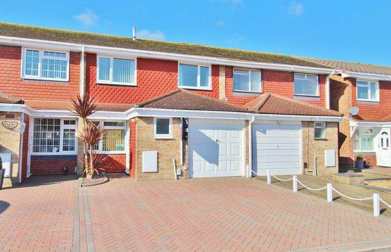 3 Bedrooms Terraced House for sale in Mariners Walk, Milton