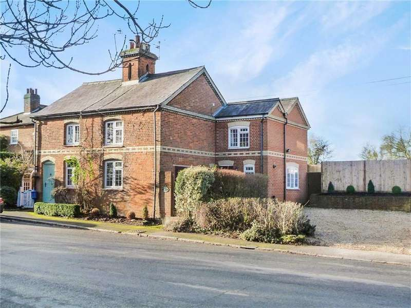 4 Bedrooms Semi Detached House for sale in Stanborough Cottages, Great North Road, Welwyn Garden City