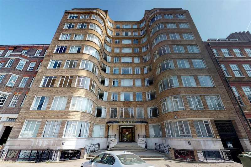 Studio Flat for sale in Florin Court, Charterhouse Square, London