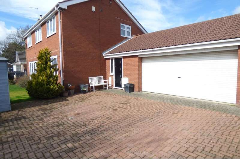 4 Bedrooms Property for sale in Malvins Close, Blyth, Northumberland, NE24 5HN