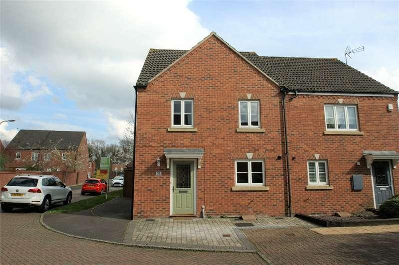 3 Bedrooms Semi Detached House for sale in Rosebay, Wokingham, Berkshire, RG40