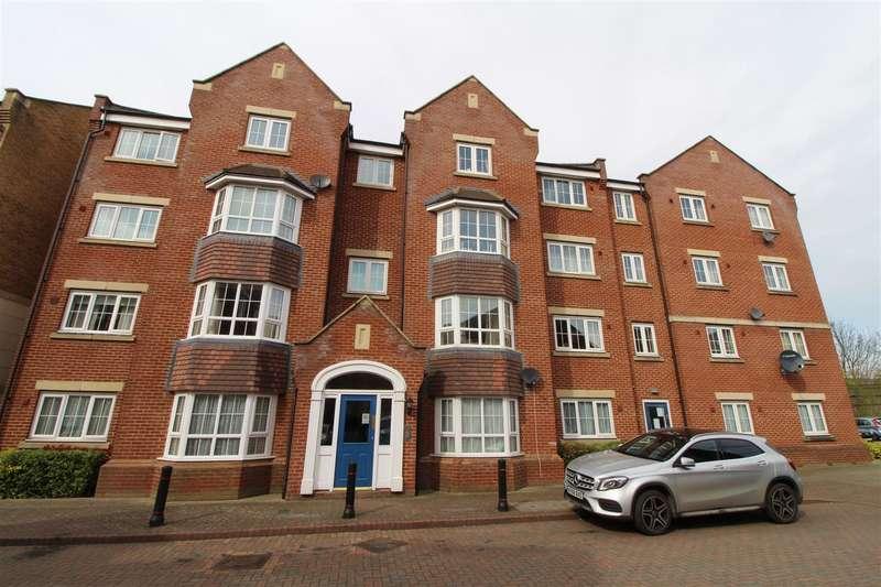 1 Bedroom Flat for sale in Bramley Court, Dunstable