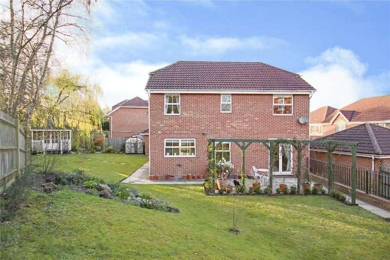 4 Bedrooms Detached House for sale in Neuman Crescent, Bracknell, Berkshire, RG12