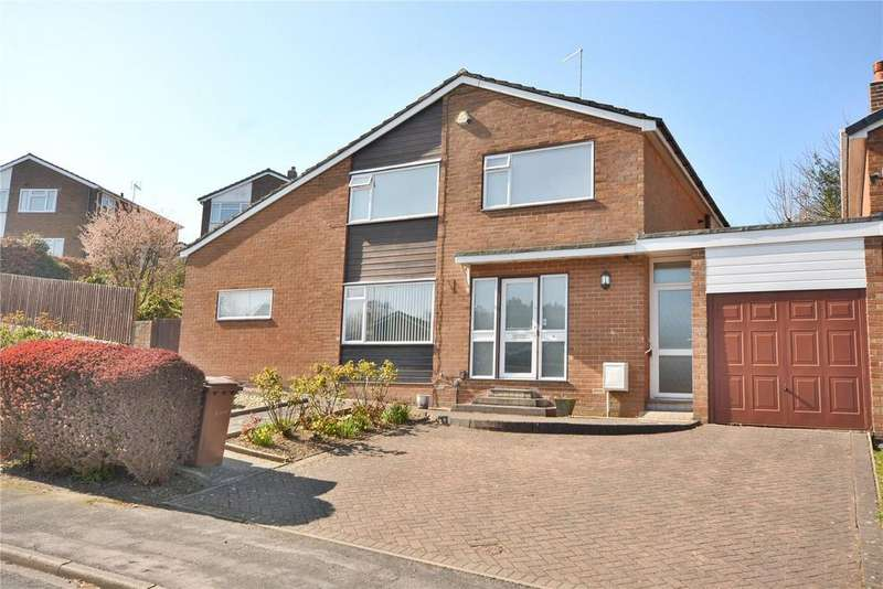 4 Bedrooms Detached House for sale in Elmete Drive, Roundhay, Leeds