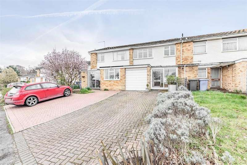 3 Bedrooms House for sale in Wolf Lane, Windsor