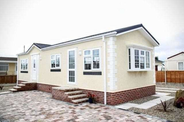 2 Bedrooms Bungalow for sale in Sea Lane, Sea Lane, Skegness