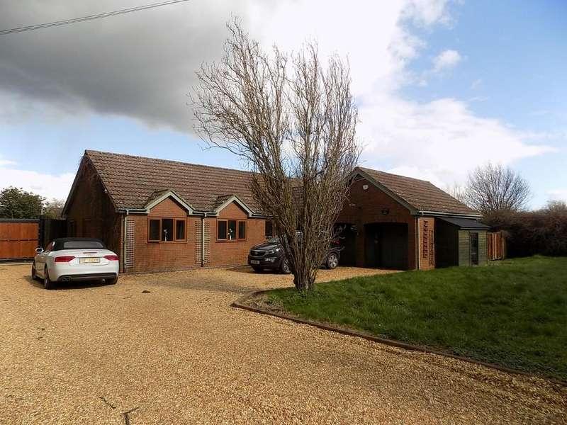 5 Bedrooms Detached Bungalow for sale in Chatteris, Cambridgeshire