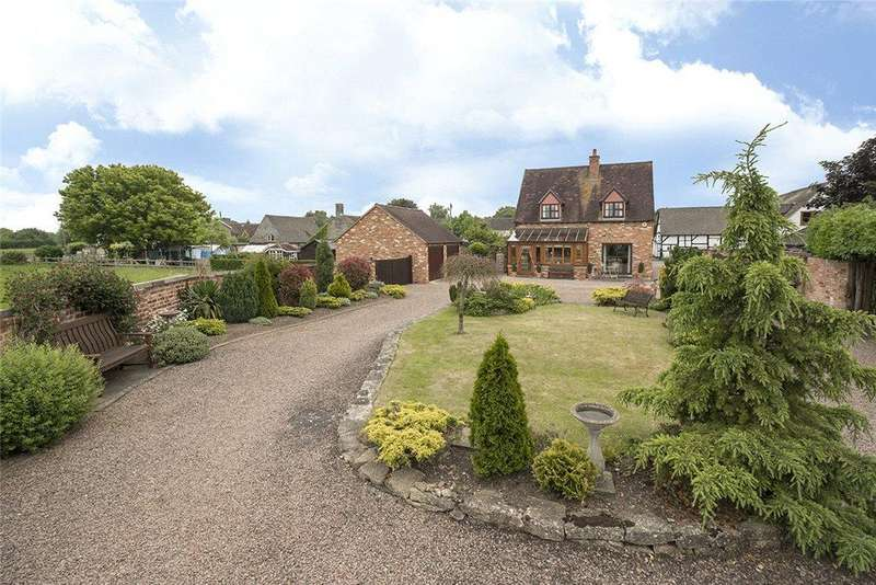 3 Bedrooms Detached House for sale in West Side, North Littleton, Worcestershire, WR11