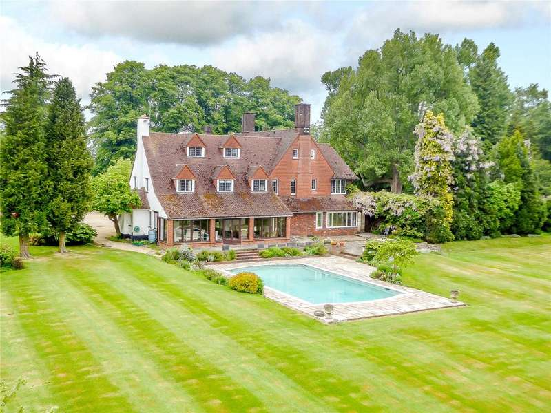 7 Bedrooms Unique Property for sale in Pednor, Chesham, Buckinghamshire, HP5