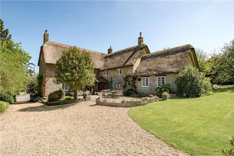 4 Bedrooms Detached House for sale in Kingston, Sturminster Newton, Dorset, DT10