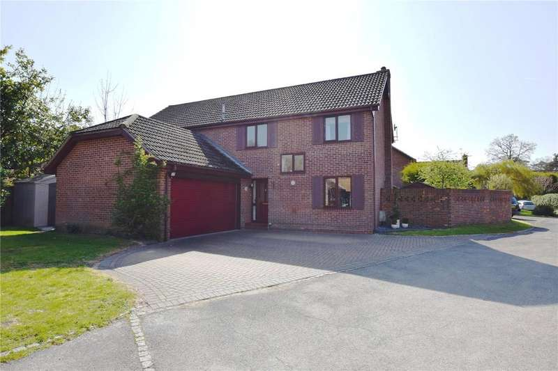 5 Bedrooms Detached House for sale in Kennet Place, Burghfield Common, Reading, Berkshire, RG7