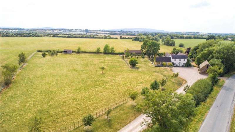 5 Bedrooms Detached House for sale in Willersey Fields, Badsey, Worcestershire, WR11