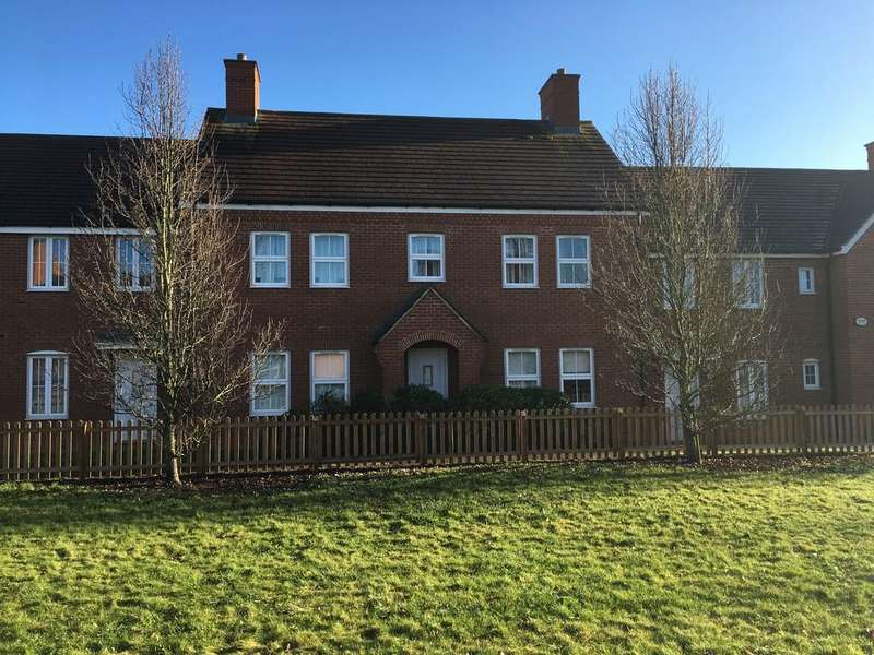 2 Bedrooms Ground Flat for sale in St. Johns Road, Arlesey, Beds SG15 6QZ