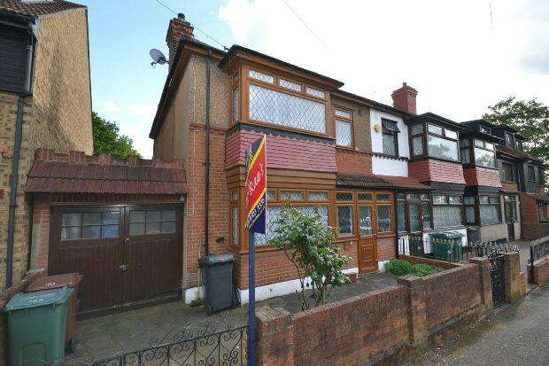 3 Bedrooms Terraced House for sale in Cavendish Road, Highams Park