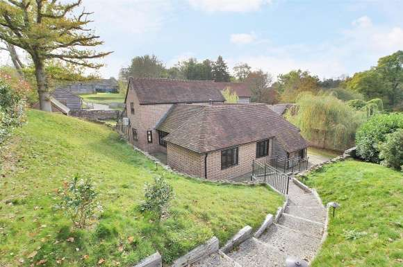 3 Bedrooms Property for sale in Duckings Mill House Withyham East Sussex