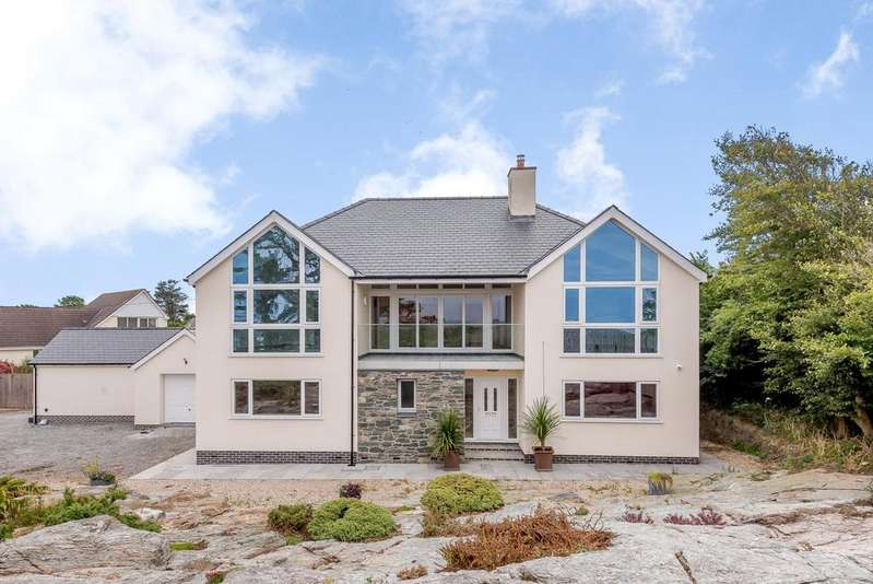 4 Bedrooms Detached House for sale in Four Mile Bridge, Holyhead, Anglesey, LL65
