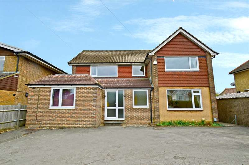 4 Bedrooms Detached House for sale in Farleigh Road, Warlingham, Surrey