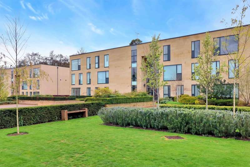 2 Bedrooms Apartment Flat for sale in Cliveden Gages, Taplow, SL6