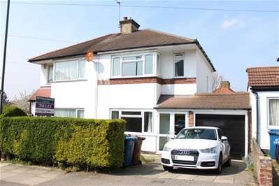 3 Bedrooms Semi Detached House for rent in Sefton Avenue, Harrow