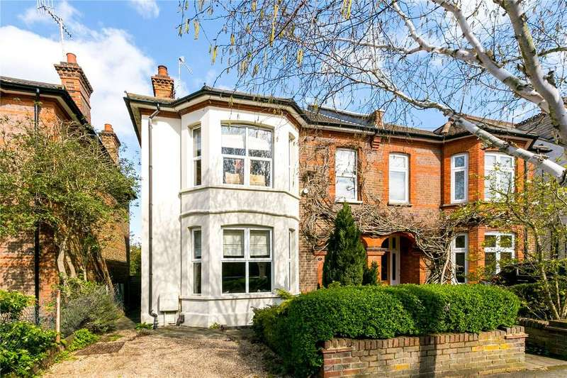 4 Bedrooms Semi Detached House for sale in Kingsfield Road, Watford, WD19