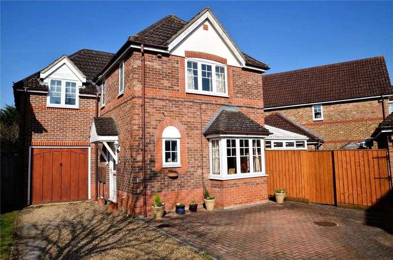 3 Bedrooms Detached House for sale in Mallard Way, Aldermaston, Reading, Berkshire, RG7
