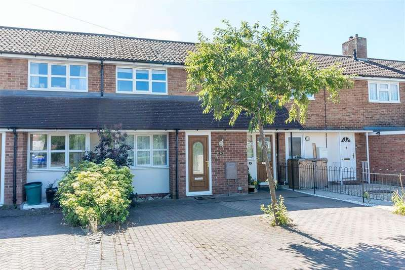 2 Bedrooms Maisonette Flat for sale in Pennfields, Ruscombe, Reading