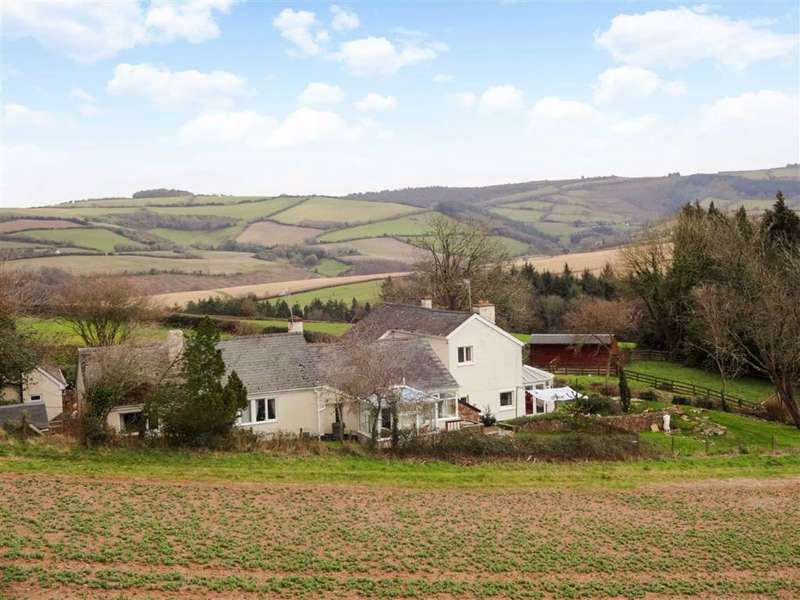 5 Bedrooms Detached House for sale in Rodhuish, Exmoor, Somerset, TA24