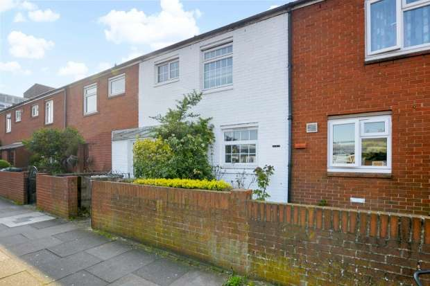 3 Bedrooms Terraced House for sale in Taunton Road, Lewisham, Greater London, SE12 8PQ