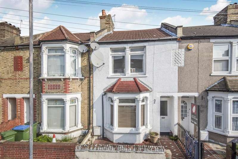 3 Bedrooms Terraced House for sale in Federation Road London SE2
