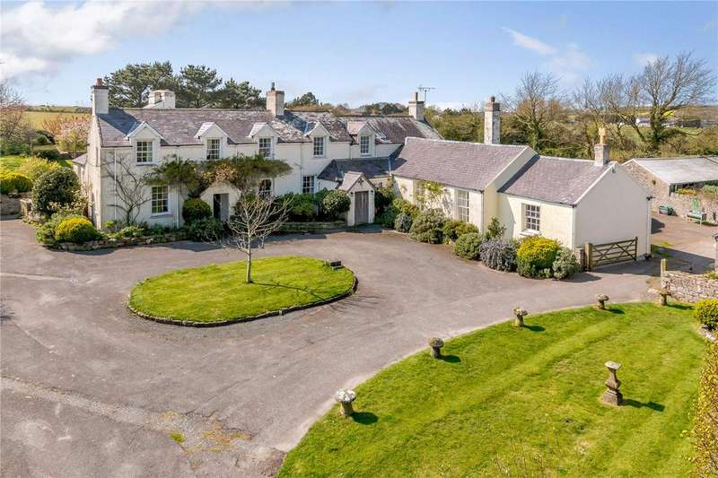 4 Bedrooms Detached House for sale in Merrion, Nr Pembroke, Pembrokeshire, SA71