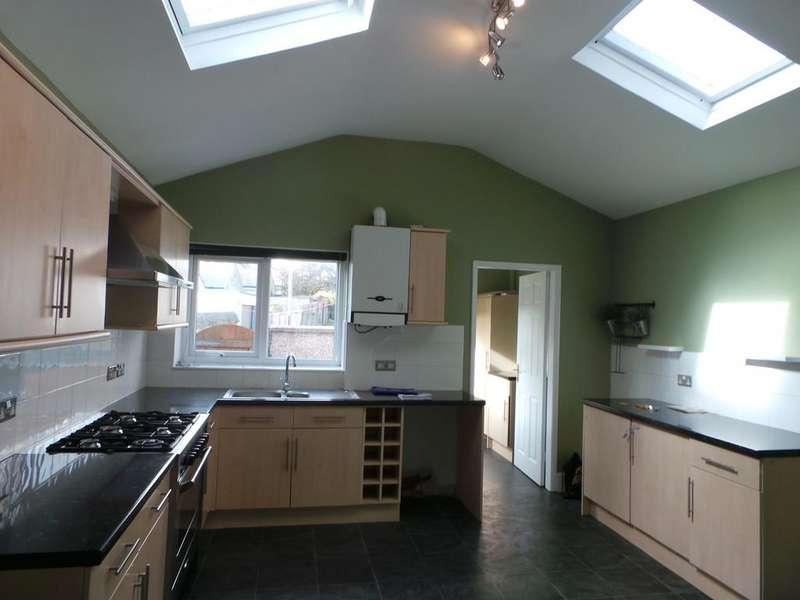 3 Bedrooms Terraced House for sale in Chapel Street, Dalton-in-Furness, Cumbrioa, LA15 8RY