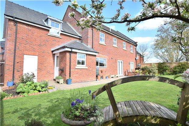 5 Bedrooms Detached House for sale in Quarry Close, Hartpury, GL19 3DP