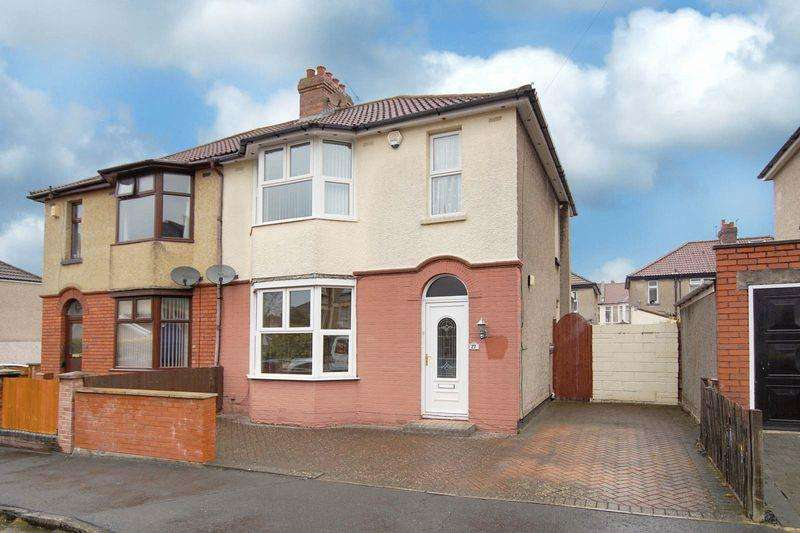 3 Bedrooms Semi Detached House for sale in Jubilee Road, Bristol, BS5 8HY