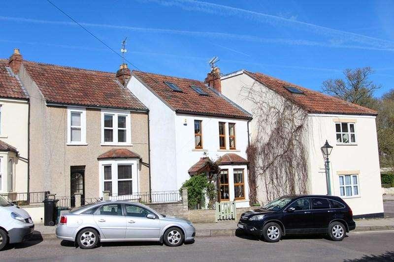 3 Bedrooms Terraced House for sale in Dapps Hill, Keynsham, Bristol