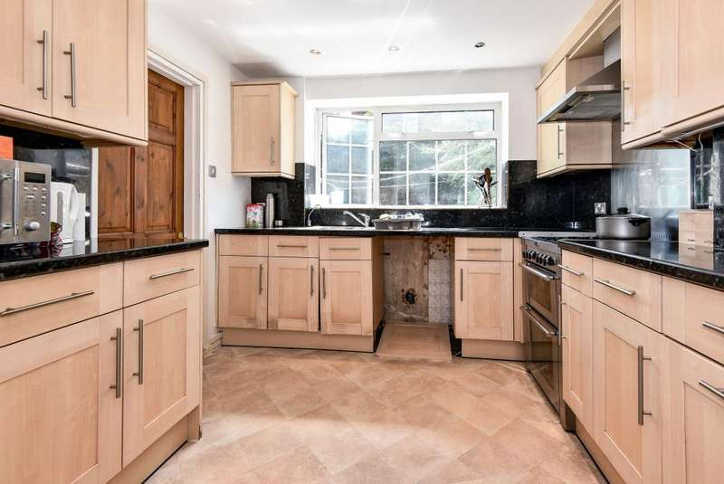 3 Bedrooms House for sale in Gloucester Road, Maidenhead, SL6