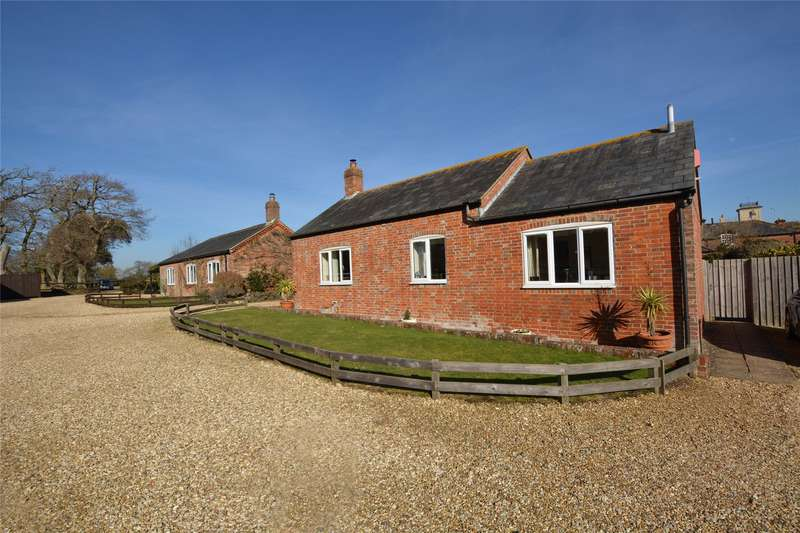 3 Bedrooms Barn Conversion Character Property for sale in Home Farm, Ashley Clinton, Angel Lane, New Milton, BH25