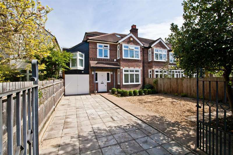 6 Bedrooms Semi Detached House for sale in Bolton Road, London