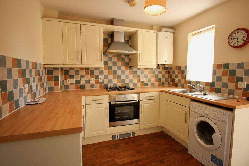 2 Bedrooms Terraced House for sale in Manby Street, Lincoln
