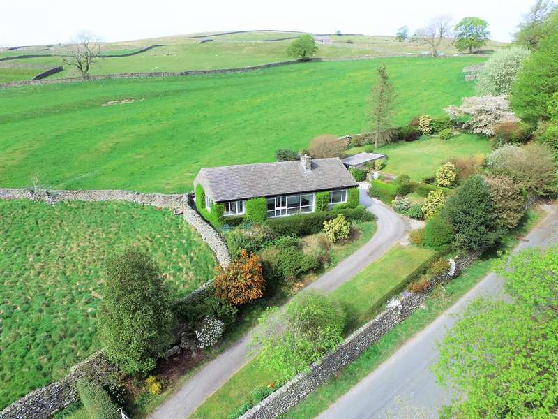 3 Bedrooms Detached Bungalow for sale in Long Close, Stainforth, Settle