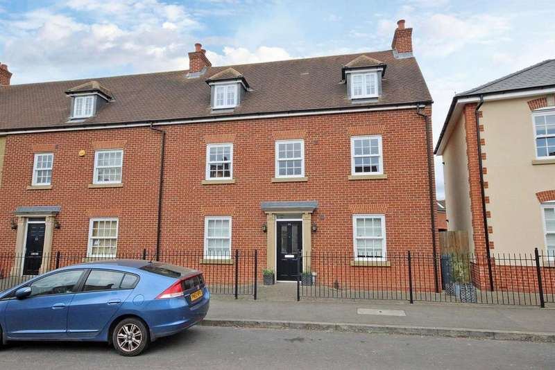 5 Bedrooms End Of Terrace House for sale in Greenkeepers Road, Great Denham