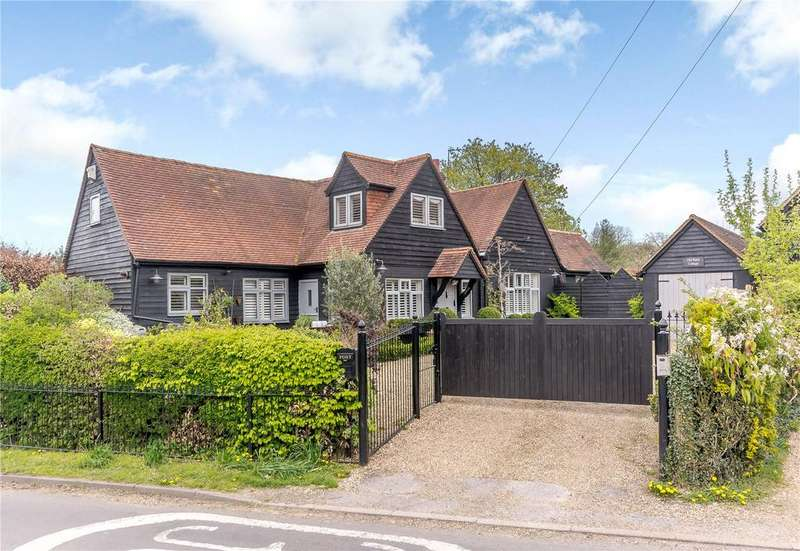 4 Bedrooms Detached House for sale in The Street, Chipperfield, Kings Langley, Hertfordshire, WD4