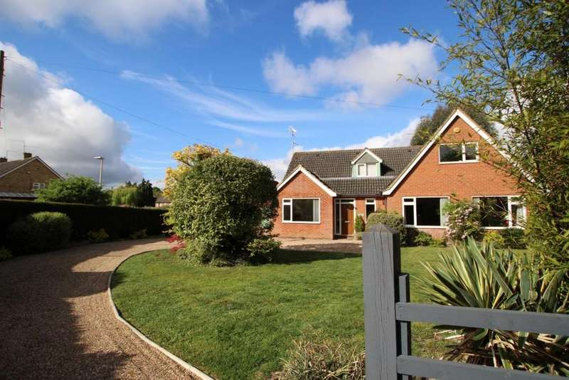 5 Bedrooms Detached House for sale in Keephatch Road, Wokingham, RG40