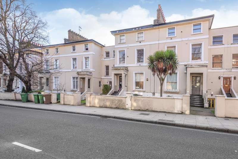 2 Bedrooms Flat for sale in Adelaide Road, Chalk Farm, NW3