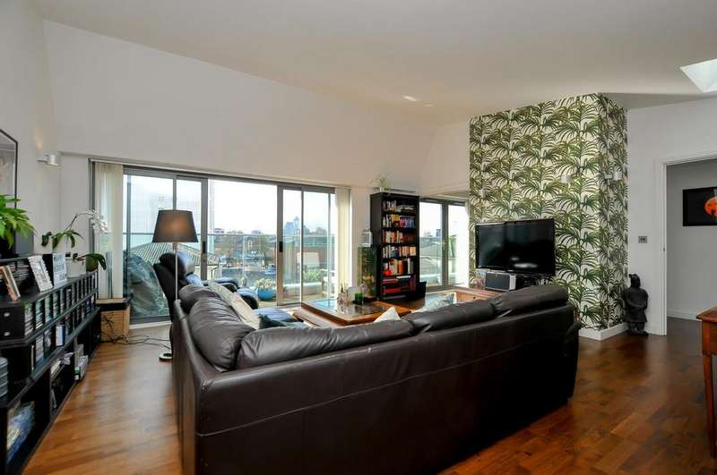 2 Bedrooms Apartment Flat for sale in Richmond Road, London, E8