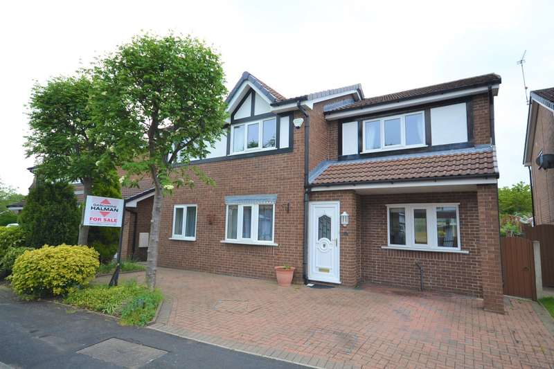 4 Bedrooms Detached House for sale in Linnet Grove, Macclesfield
